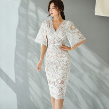 Dress Summer 2020 White, black S,M,L,XL Mid length dress singleton  Short sleeve commute V-neck middle-waisted Solid color Socket Pencil skirt routine Others 25-29 years old Type X Other / other Korean version 887889E49 81% (inclusive) - 90% (inclusive) Lace polyester fiber