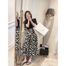 skirt Spring 2021 M, L black Mid length dress commute High waist High waist skirt Leopard Print Type A 25-29 years old Other / other Pleated, stitched, printed Korean version