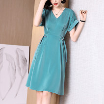 Dress Summer 2020 The lake is green S M L XL XXL Mid length dress singleton  Sleeveless commute V-neck High waist Solid color zipper A-line skirt routine 30-34 years old Type A Longyuash/ longyuanshang Simplicity LB1Q1053 81% (inclusive) - 90% (inclusive) polyester fiber Pure e-commerce (online only)