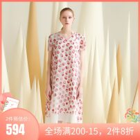 Dress Summer 2020 Green dots on a rice ground, red dots on a white ground S,M,L,XL,XXL Mid length dress singleton  Short sleeve commute V-neck Loose waist Socket other routine Others 25-29 years old Type A Tggc / Taiwan embroidery lady F29561 other