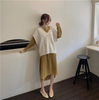 Dress Winter of 2019 Yellow dress 91268, vest 9869# Average size Middle-skirt Two piece set Long sleeves Crew neck Socket 25-29 years old Other / other 81% (inclusive) - 90% (inclusive) other