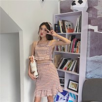 Fashion suit Summer of 2018 M. S (85-96 kg) Black and white, red and white 18-25 years old Other / other Plaid skirt 51% (inclusive) - 70% (inclusive) cotton