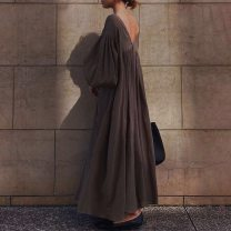 Dress Summer 2021 Brown, green, black Average size longuette singleton  Nine point sleeve commute V-neck Loose waist Solid color Socket A-line skirt bishop sleeve Others 25-29 years old Type A Korean version Frenulum 31% (inclusive) - 50% (inclusive) cotton