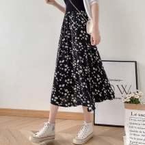 skirt Summer 2020 Average size Mid length dress Versatile High waist A-line skirt Broken flowers 18-24 years old More than 95% Mancolini polyester fiber Daisy Polyester 98% other 2% Pure e-commerce (online only)
