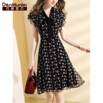 Dress Summer 2021 Decor 155/80A/S 160/84A/M 165/88A/L 170/92A/XL 175/96A/XXL Mid length dress singleton  Short sleeve commute V-neck High waist Broken flowers Socket A-line skirt Wrap sleeves Others 35-39 years old Type X Danmunier lady Bow and ruffle lace up zipper print More than 95% silk