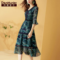 Dress Summer 2020 Decor 155/80A/S 160/84A/M 165/88A/L 170/92A/XL 175/96A/XXL longuette singleton  three quarter sleeve commute V-neck middle-waisted Decor Socket A-line skirt Lotus leaf sleeve Others 35-39 years old Type A Danmunier lady Lace printing with ruffle and zipper More than 95%