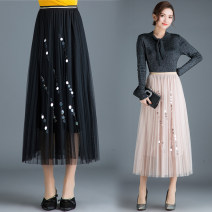 skirt Winter of 2018 One size fits all [1'8-2'5 recommended] Grey, black, pink, beige Mid length dress Versatile High waist Pleated skirt Type A 25-29 years old Qz65-a9952 lace Sequin skirt More than 95% Lace New European clothes