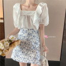 skirt Summer 2020 Average size, s, M Top piece, skirt piece Short skirt commute High waist A-line skirt Broken flowers Type A 18-24 years old 30% and below other other printing Retro