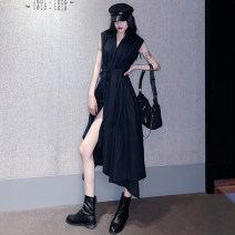 Dress Summer 2021 black Average size longuette singleton  Sleeveless commute V-neck High waist Solid color Single breasted Irregular skirt other Breast wrapping Type X Korean version Lace up, asymmetrical 51% (inclusive) - 70% (inclusive) other polyester fiber