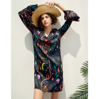 Dress Spring 2021 Flared sleeve print dress XS,S,M Mid length dress singleton  Long sleeves Sweet V-neck Loose waist Decor Socket other pagoda sleeve Others 25-29 years old Type H Pig house / gentle pig Fold, print PPH81252 More than 95% other other
