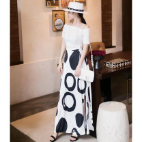 Fashion suit Summer 2021 S,M,L White, black 25-35 years old 51% (inclusive) - 70% (inclusive) polyester fiber