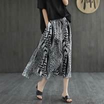skirt Summer 2021 M,L,XL,XXL black and white Mid length dress commute Natural waist A-line skirt Decor Type A 71% (inclusive) - 80% (inclusive) other polyester fiber Pocket, print literature