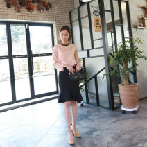 skirt Spring 2021 S,M,L,XL Black, red Middle-skirt commute Natural waist skirt Solid color Type X 25-29 years old 91% (inclusive) - 95% (inclusive) knitting cotton Splicing Ol style