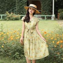 Dress Summer of 2019 Green grass XS,S,M,L Mid length dress Short sleeve commute tailored collar Decor Type X MR water Retro 19D166 More than 95% polyester fiber