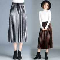 skirt Winter of 2018 One size fits all [1'8-2'5 recommended] Mid length dress Versatile High waist Pleated skirt Type A 25-29 years old More than 95% Lace New European clothes