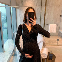Dress happymaman Black, purple, skin pink M,L,XL,XXL Korean version Long sleeves Medium length autumn V-neck other