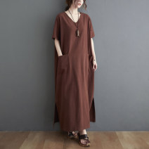 Women's large Summer 2021 Black, brown Big size average Dress singleton  commute easy moderate Socket Short sleeve Solid color Retro V-neck Medium length routine pocket longuette