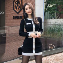 Dress Autumn of 2019 black S,M,L Short skirt singleton  Long sleeves commute Crew neck middle-waisted Solid color Socket One pace skirt routine Others 25-29 years old Type X Yitian fashion Korean version Button 51% (inclusive) - 70% (inclusive) knitting cotton