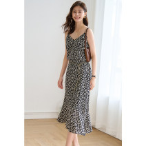 Fashion suit Spring 2021 S,M,L,XL Decor suspender, decor skirt VILME 8A2737 96% and above silk