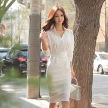 Dress Spring 2021 white S,M,L,XL Middle-skirt singleton  three quarter sleeve commute V-neck High waist stripe zipper One pace skirt 25-29 years old Type H Other / other Ol style zipper A025