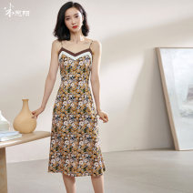 Dress Summer 2021 Coffee / spot straight S M L XL XXL Mid length dress singleton  Sleeveless commute V-neck middle-waisted Broken flowers Socket A-line skirt routine camisole 35-39 years old Type A Mi Siyang Retro Patchwork printing 1Y21BL1072 More than 95% other other Other 100%