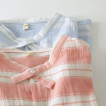 shirt Light blue bar, pink bar M, L Spring of 2018 cotton 96% and above Short sleeve Sweet Regular Crew neck Single row multi button routine stripe 18-24 years old Straight cylinder Other / other Wide stripe shirt with cross collar printing solar system