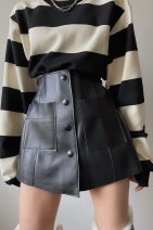 skirt Winter 2020 XL, l, m, s, xs88 kg, 2XL black Short skirt commute High waist A-line skirt Solid color Type A 25-29 years old 31% (inclusive) - 50% (inclusive) other Other / other polyester fiber Button Korean version 601g / m ^ 2 and above