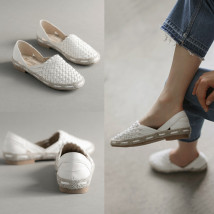 Low top shoes The vamp has been upgraded, the upper foot is more comfortable, the foot is thinner and bigger than usual size 35 36 37 39 40 Other / other White black Round head Flat bottom top layer leather Shallow mouth Flat heel (1cm or less) Pig skin Summer of 2018 Trochanter Korean version daily