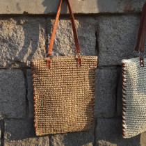 Bag The single shoulder bag grass Straw bag Other / other Off white blue light brown zipper One shoulder hand