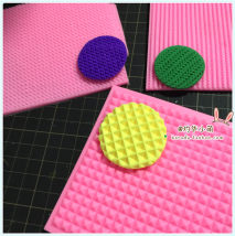 Handmade tools / colored paper / accessories Shibaba Over 14 years old The side length of pyramid square is 10cm Less than 10 yuan