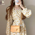 Dress Spring 2021 Yellow, black S,M,L Mid length dress singleton  Long sleeves commute square neck High waist Broken flowers zipper routine Others 18-24 years old Type A Other / other Korean version Zipper, print other PU