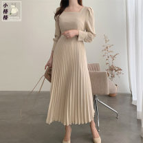 Dress Autumn 2020 Apricot, lotus root Pink S,M,L,XL Mid length dress singleton  Long sleeves commute square neck High waist Solid color Socket Pleated skirt routine Others 18-24 years old Type A Korean version zipper 31% (inclusive) - 50% (inclusive)