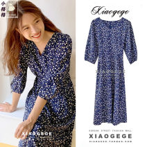 Dress Winter 2020 Picture color S,M,L,XL Mid length dress singleton  three quarter sleeve commute V-neck Decor zipper A-line skirt puff sleeve 18-24 years old Type A Korean version Lace up, zipper, print 81% (inclusive) - 90% (inclusive)