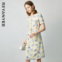 Dress Summer 2021 Blue flower [delivery within 30 days after pre-sale] S M L XL XXL Mid length dress singleton  Short sleeve commute V-neck middle-waisted Decor Socket other routine Others 35-39 years old Type H Yan Yu Ol style 20S1I0158 More than 95% polyester fiber Polyester 100%