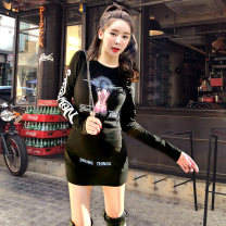 Dress Autumn 2020 black M,L,XL Short skirt singleton  Long sleeves commute Crew neck middle-waisted Abstract pattern Socket other routine Others 18-24 years old Type H Concept Design Gallery Korean version Stitching, printing 81% (inclusive) - 90% (inclusive) knitting cotton
