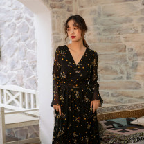 Dress Autumn of 2019 black S,M,L,XL longuette singleton  Long sleeves commute V-neck Elastic waist Decor Socket Big swing pagoda sleeve Others 25-29 years old Type A Other / other Retro 81% (inclusive) - 90% (inclusive) Chiffon polyester fiber