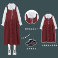 Fashion suit Winter 2020 Average size Retro red skirt, white shirt 18-25 years old Other / other 51% (inclusive) - 70% (inclusive)