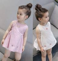 Dress White, pink female Other / other 7 ᦇ 80cm, 11 ᦇ 100cm, 13 ᦇ 110cm, 15 ᦇ 120cm, 9 ᦇ 90cm Other 100% summer Korean version Skirt / vest Solid color other A-line skirt Class B 6 months, 9 months, 18 months, 2 years old, 3 years old, 4 years old, 5 years old, 6 years old, 7 years old, 8 years old