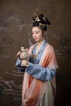 Hanfu 91% (inclusive) - 95% (inclusive) Blue damask jersey with ball road pattern, light red dyed silk, white T-shirt and beige printed skirt 3,2,1 silk