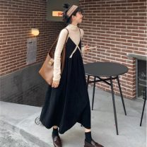 Fashion suit Spring 2021 S. M, average size Apricot half high collar, black suspender skirt, coffee suspender skirt 18-25 years old 51% (inclusive) - 70% (inclusive)