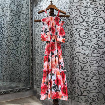 Dress Spring 2021 gules S,M,L Mibilan 30% and below other