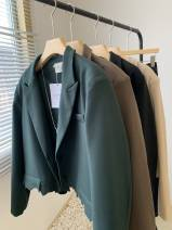 suit Spring 2021 Dark green, apricot, black, milky brown Average size Long sleeves have cash less than that is registered in the accounts Straight cylinder tailored collar Single breasted commute routine Solid color 18-24 years old 31% (inclusive) - 50% (inclusive) other