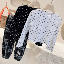 T-shirt White over printed letter T ~, black over printed letter T ~~ Other / other Size 7, 90cm, 9cm, 100cm, 11cm, 110cm, 13cm, 120cm, 15cm and 130cm respectively neutral spring and autumn Long sleeves Crew neck Europe and America No model cotton other Other 100%