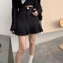 skirt Summer 2021 S,M,L Khaki, black Short skirt Versatile High waist Pleated skirt Solid color Type A 18-24 years old