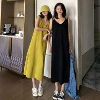 Dress Summer 2020 Black, yellowish green Average size longuette singleton  Sleeveless commute V-neck Solid color Socket camisole 18-24 years old Korean version