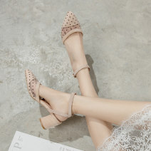 Sandals 34, 35, 36, 37, 38, 39, 32, 33, 40, 42, 43, 20, respectively Apricot boutique, black boutique Suede Qianbailin Baotou Thick heel High heel (5-8cm) Summer 2020 Flat buckle Europe and America Solid color Adhesive shoes Youth (18-40 years old), middle age (40-60 years old) rubber daily Low Gang