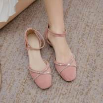 Sandals 34, 35, 36, 37, 38, 39, 32, 33, 40, 42, 43, 20, respectively Black boutique, beige boutique, pink boutique Suede Qianbailin Baotou Thick heel Middle heel (3-5cm) Summer 2020 Flat buckle Korean version Solid color Adhesive shoes Youth (18-40 years old), middle age (40-60 years old) daily