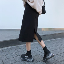 skirt Winter of 2018 M. Large L [100-120], large XL [120-140], large XXL [140-160], 3XL [160-180], 4XL [180-200] Black skirt Mid length dress commute High waist skirt Solid color Type H 18-24 years old 81% (inclusive) - 90% (inclusive) other cotton Korean version