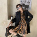 Women's large Autumn 2020 Black coat, amber shirt It is suggested that the size of the recommended size is 120-40kg, and it is recommended to use the size of 120-40kg suit Two piece set commute easy moderate Cardigan Long sleeves Retro other Medium length routine 18-24 years old
