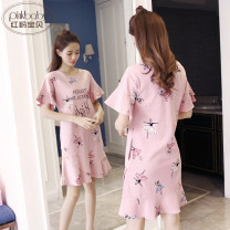 Nightdress Pink Baby 155(S) 160(M) 165(L) 170(XL) 175(XXL) Cartoon Short sleeve Leisure home Short skirt summer Cartoon animation youth Crew neck cotton Lotus leaf edge More than 95% Knitted cotton fabric 000Q-2011 200g and below Summer of 2019 Cotton 100% Pure e-commerce (online only)
